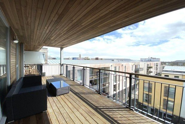 2 bed flat to rent in Bounds Place, Millbay Road, Plymouth PL1