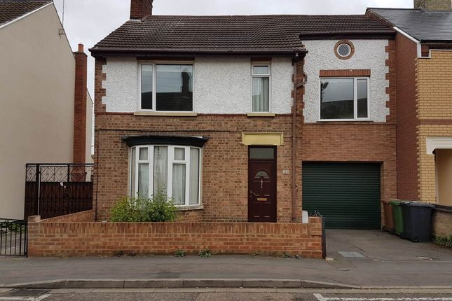 Thumbnail Property to rent in Palmerston Road, Peterborough