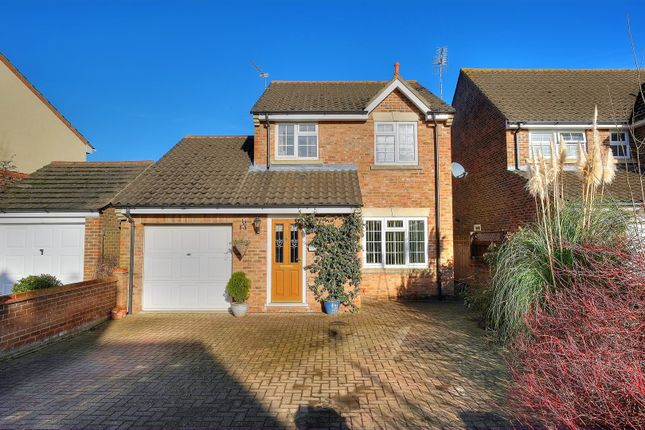 Thumbnail Detached house for sale in Freeland Close, Thorpe Marriott, Norwich