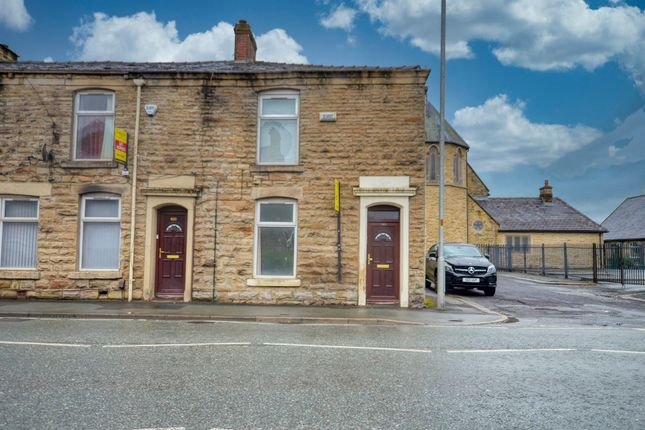 Thumbnail Flat for sale in Blackburn Road, Darwen