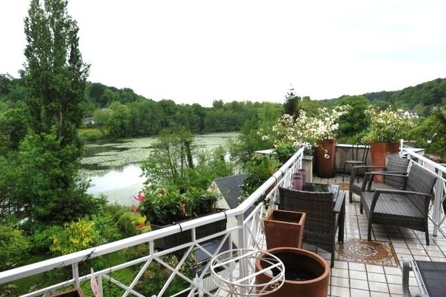 Thumbnail Property for sale in Picardie, Oise, Compiegne