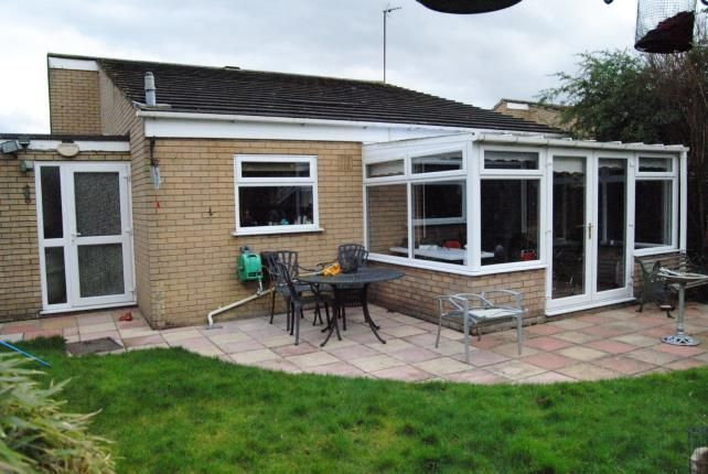 Thumbnail Bungalow for sale in Hoveton Close, Kings Lynn, Norfolk