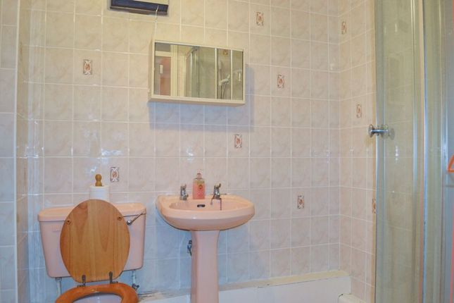 Bathroom of Mill Lodge, Boston PE21