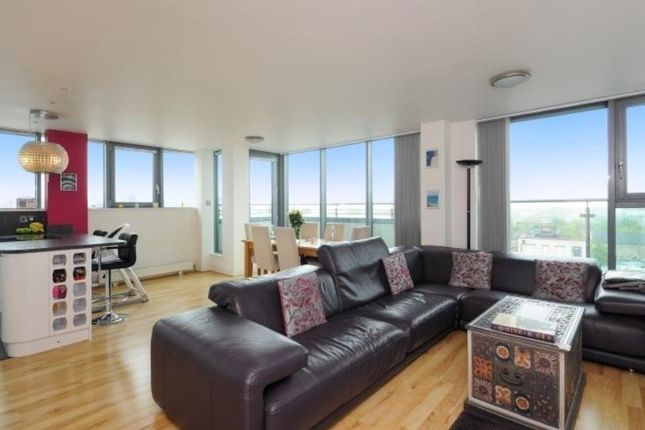 Thumbnail Flat for sale in Hardwicks Square, Wandsworth, London