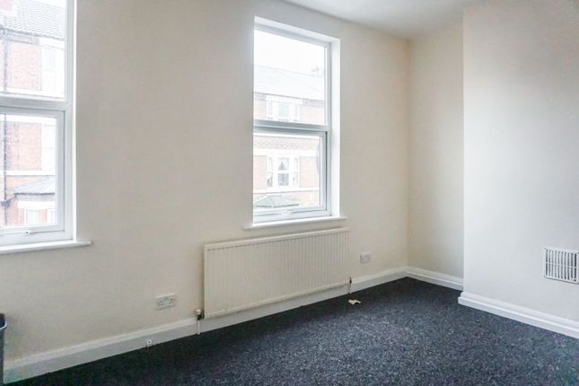 Bedroom Two of Claypole Road, Forest Fields NG7