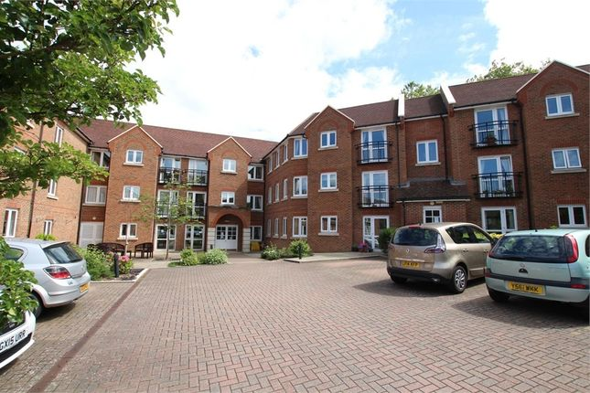 1 bed property for sale in St Agnes Road, East Grinstead, West Sussex