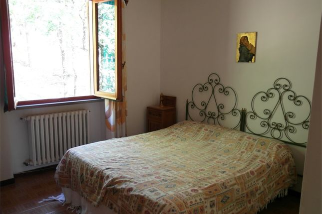 Bedroom 2 of Il Boschetto, Anghiari, Arezzo, Tuscany, Italy