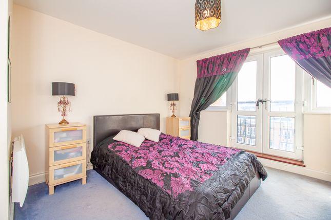 Bedroom of Luscinia View, Napier Road, Reading RG1