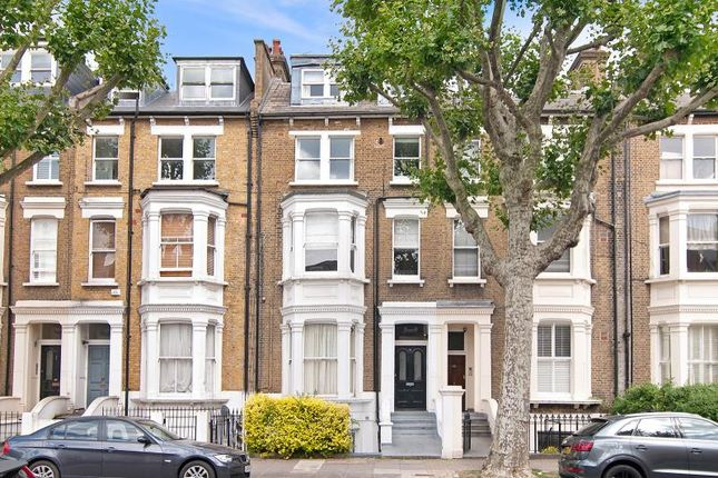 2 bed flat for sale in Shirland Road, London