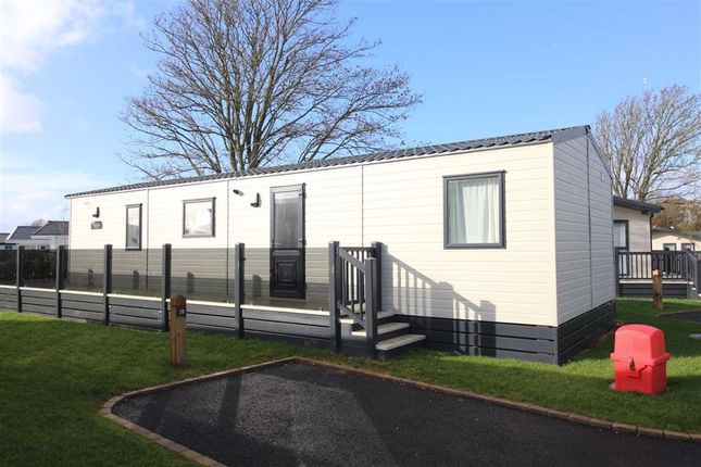 Mobile/park home for sale in Naish Estate, New Milton