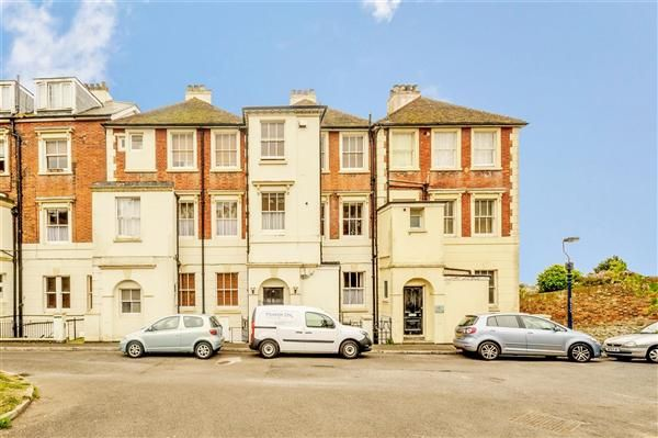 Thumbnail Flat to rent in Hillside Court, Hillside Street, Hythe