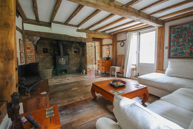 3 bed detached house for sale in Chuck Hatch, Hartfield