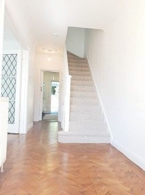 Thumbnail Property to rent in Abbotshall Avenue, London