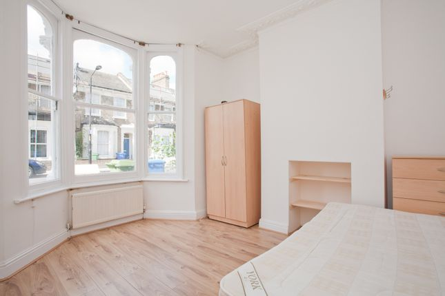 Thumbnail Terraced house to rent in Kincaid Road, London