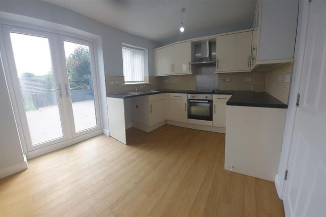 3 bed property to rent in Dynevor Road, Skewen, Neath SA10