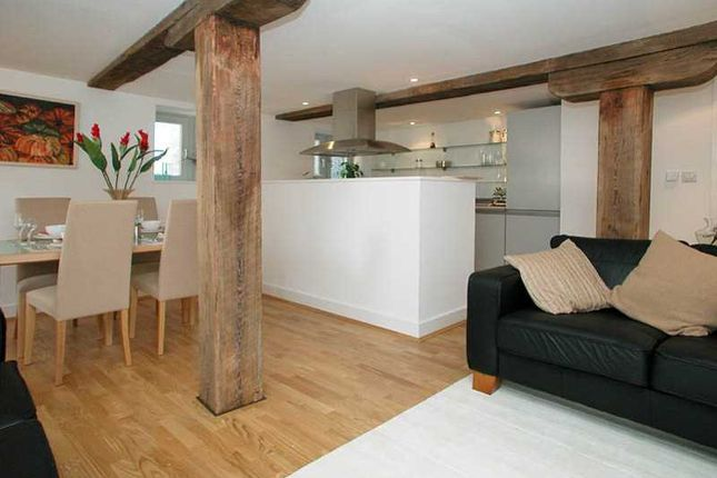 2 bed flat for sale in St. Marychurch Street, London