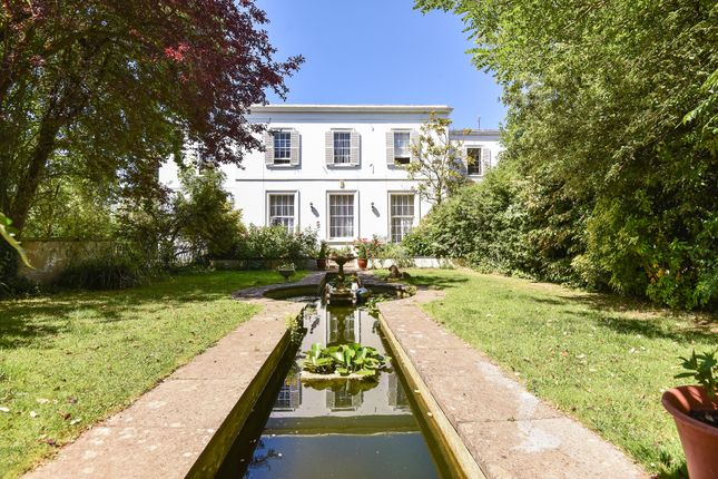 Thumbnail Flat for sale in Evesham Road, Cheltenham
