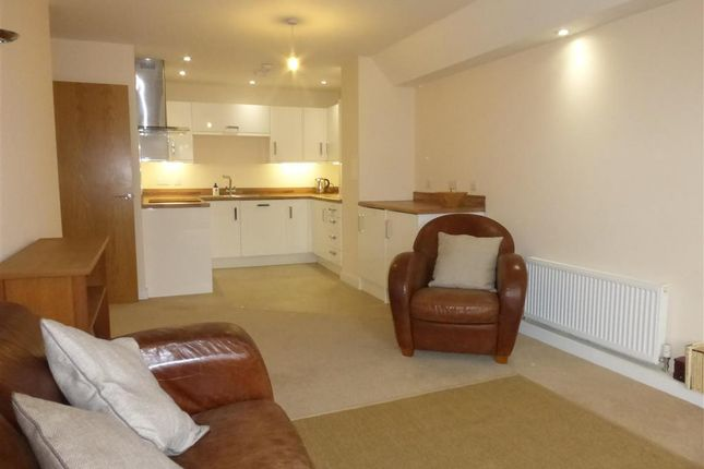 Thumbnail Flat for sale in St. Ediths Court, Billericay, Essex
