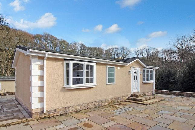 Thumbnail Mobile/park home for sale in Gelder Clough, Heywood