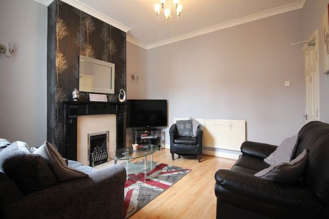 Thumbnail Shared accommodation to rent in Marshall Street, Newland Avenue, Hull