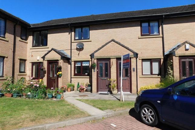Thumbnail Flat for sale in May Tree Close, Bradford