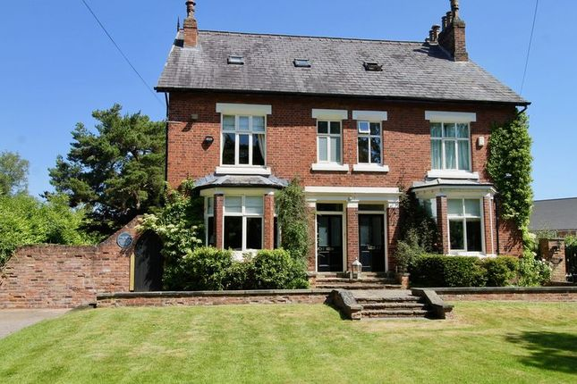 Thumbnail Semi-detached house to rent in Adlington Road, Wilmslow
