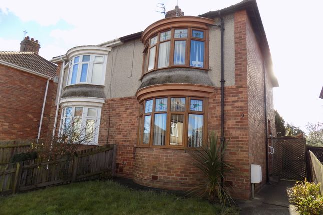 2 bed semi-detached house to rent in Oakhurst Road, Darlington