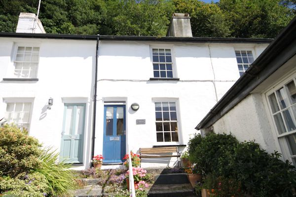 Thumbnail Cottage for sale in 2 Mervinia Terrace, Aberdovey