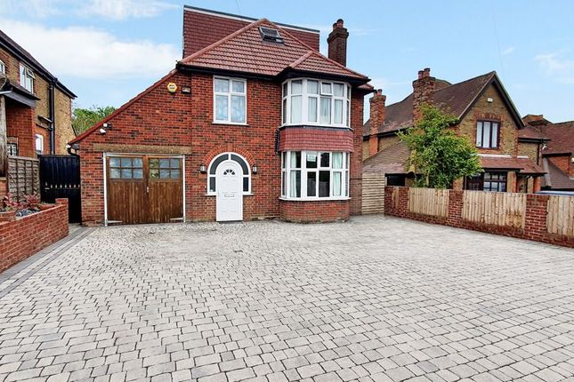 Thumbnail Detached house for sale in Hatters Lane, High Wycombe