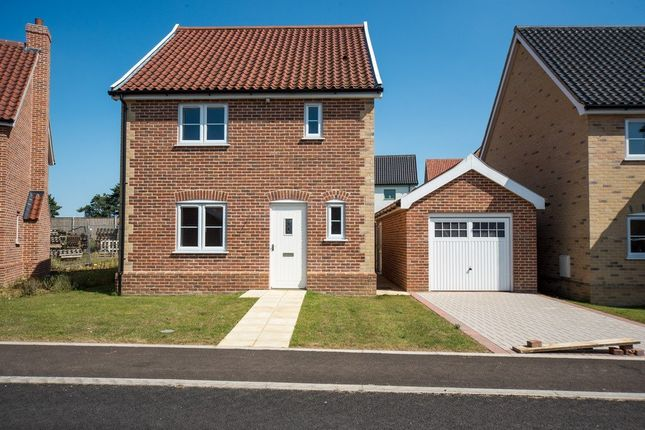 Thumbnail Detached house for sale in Roxbury Drive, East Harling, Norwich