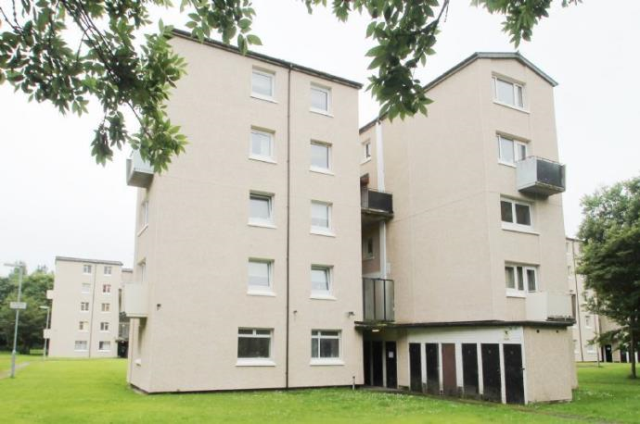 Thumbnail Maisonette to rent in Winning Quadrant, Wishaw