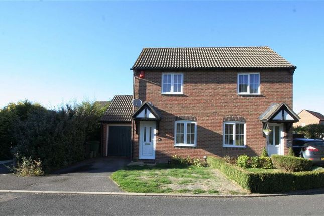 Thumbnail Semi-detached house to rent in Tamarisk Court, Thatcham