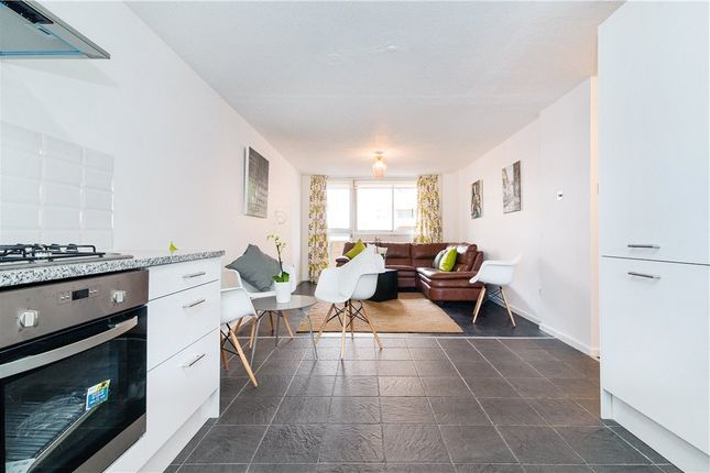 2 bed flat to rent in Hatton Garden, Farringdon, London