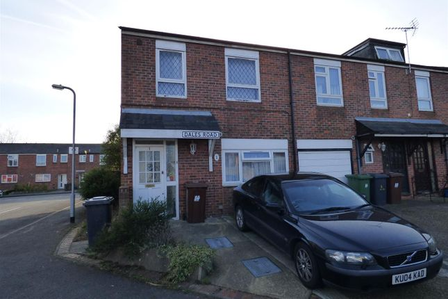 Thumbnail Semi-detached house for sale in Dales Road, Borehamwood
