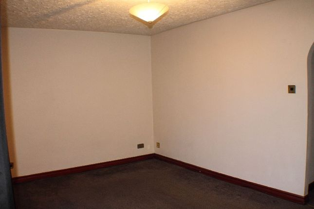 Thumbnail Flat to rent in Main Street Kelty, Kelty, Fife