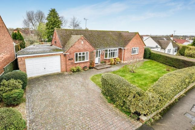 Thumbnail Bungalow for sale in Windsor Hill, Princes Risborough