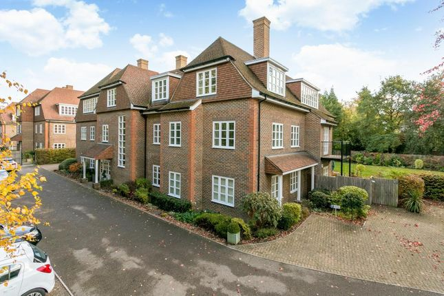 Thumbnail Penthouse for sale in London Road, Ascot