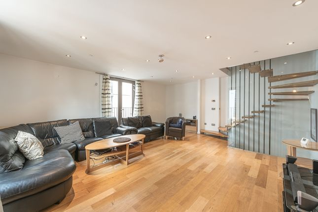 Thumbnail Property to rent in Northington Street, London