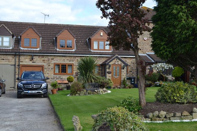 Thumbnail Cottage to rent in 2 Dovecote Lane, Ravenfield