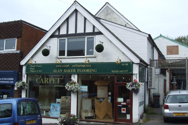 Thumbnail Flat to rent in Wey Hill, Haslemere, Surrey