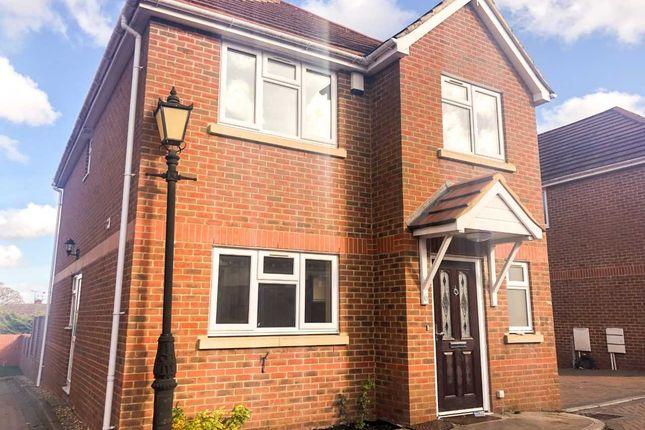 Thumbnail Detached house to rent in Samson Close, Aldershot, Hampshire