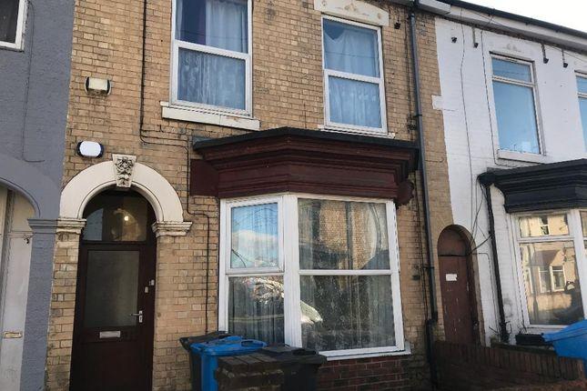 Thumbnail Flat for sale in De Grey Street, Kingston Upon Hull