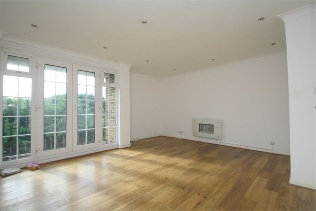 Thumbnail Flat to rent in Kingfisher Drive, Staines-Upon-Thames, Surrey