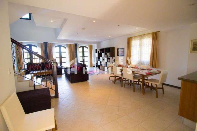 Beautiful Villa In Managvat Near Side - Lounge Dining Area