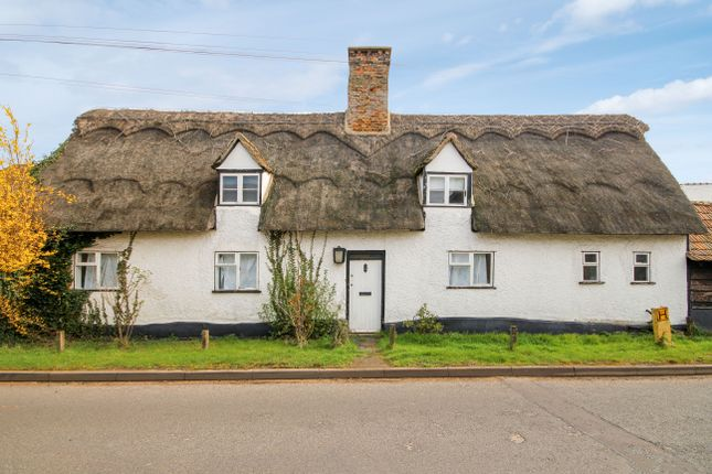 Thumbnail Cottage to rent in High Street, Landbeach, Cambridge