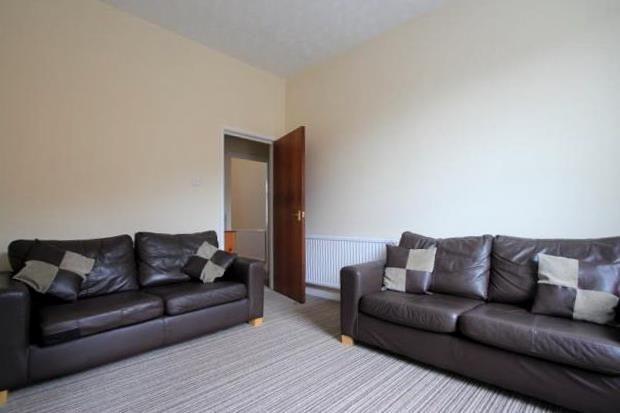 Thumbnail Flat to rent in Moira Terrace, Roath, Cardiff