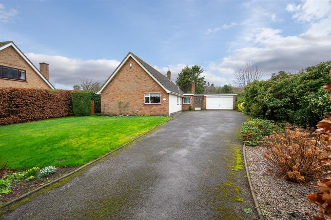 Thumbnail Detached bungalow for sale in Valley Close, Studham, Bedfordshire