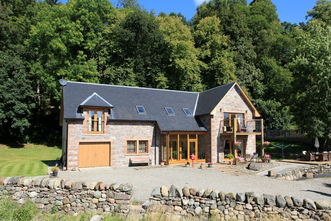 Thumbnail Detached house for sale in Locherlour, Crieff