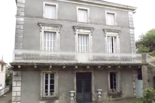 Poitou-Charentes, Charente, Confolens