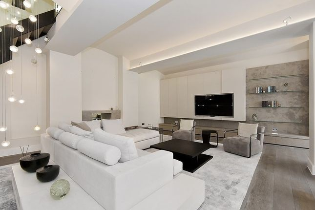 Thumbnail Property to rent in Lyall Mews, Belgravia